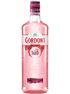 Gordons Pink with berry-flavored drink of gin-based liquor